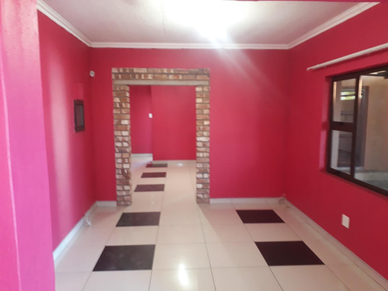 4 Bedroom House For Sale in Khomasdal