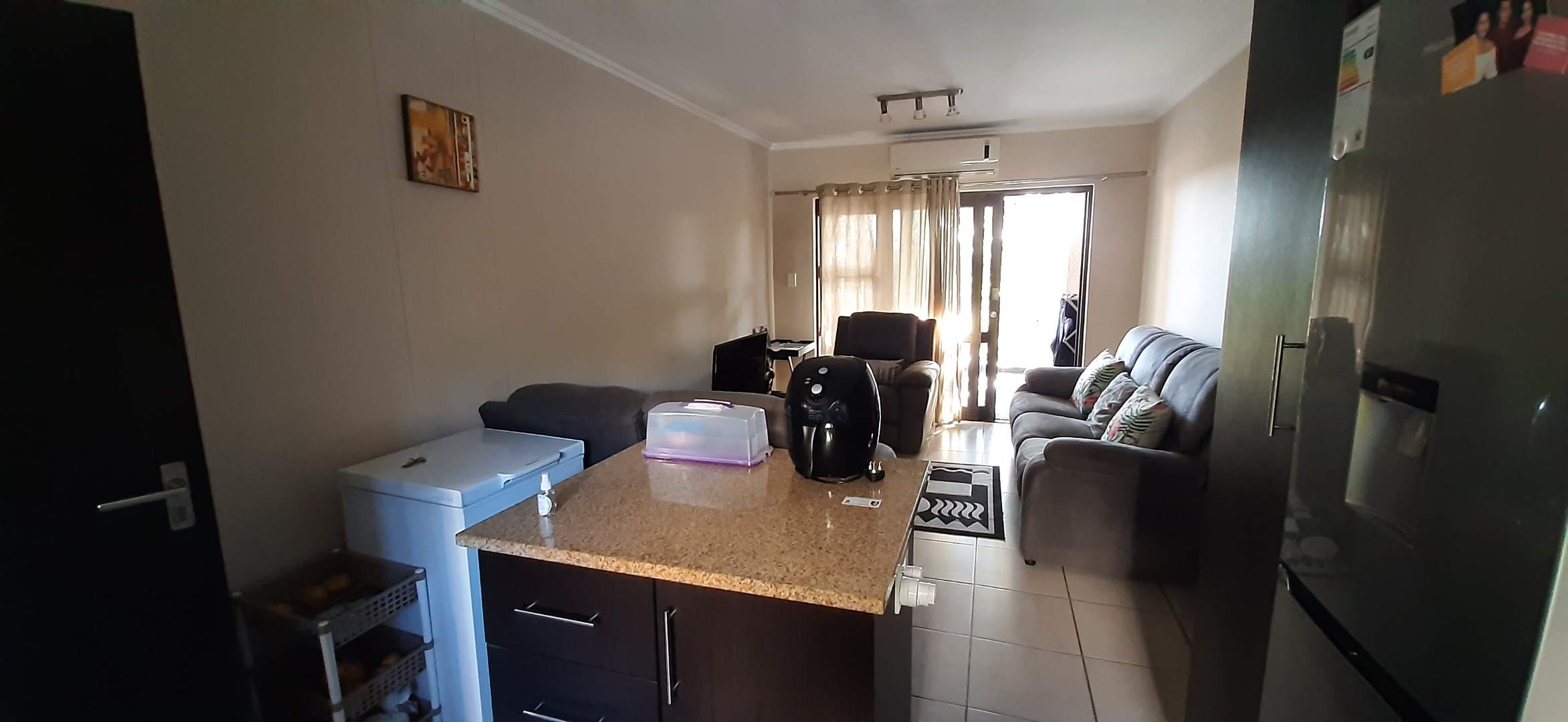 2 Bedroom Apartment / Flat To Rent in Westville Central