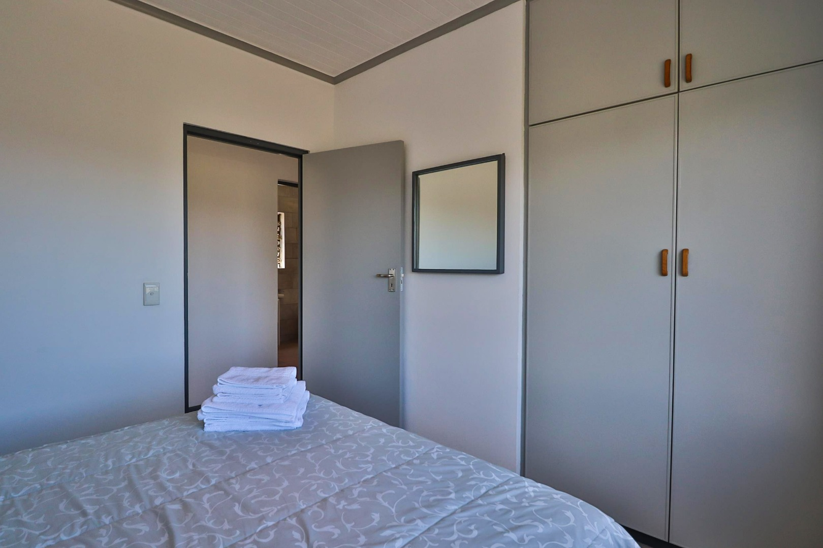 4 Bedroom House For Sale in Myoli Beach