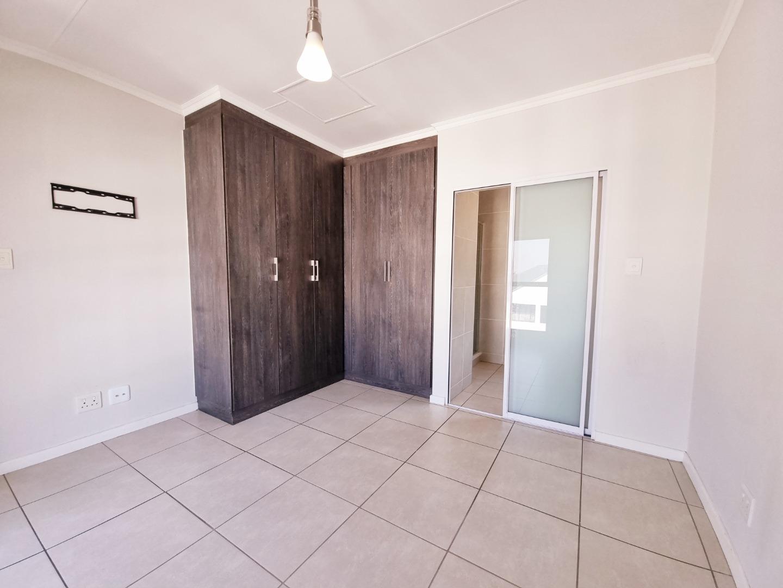 1 Bedroom Apartment / Flat To Rent in Bryanston