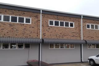 Commercial Property in Trichardt To Rent