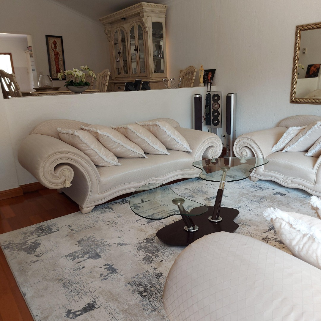 3 Bedroom Townhouse To Rent in Sandown