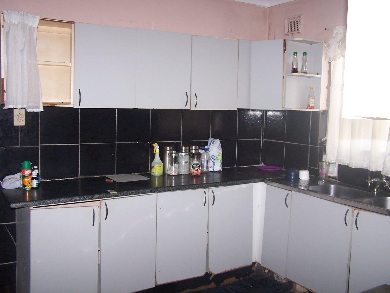 4 Bedroom House For Sale in Umlazi N