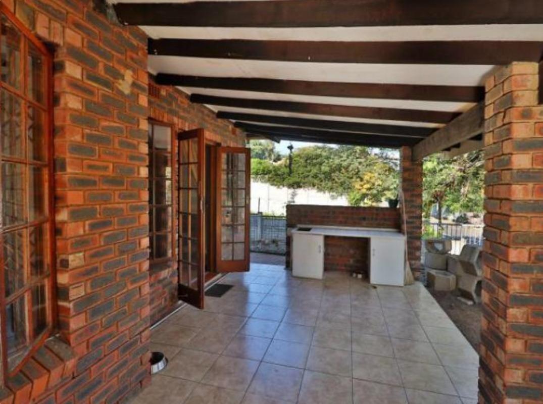 3 Bedroom Townhouse To Rent in Amanzimtoti