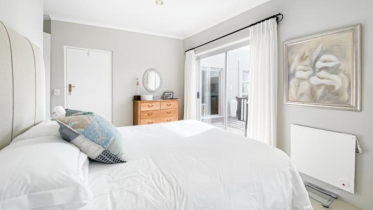 3 Bedroom House For Sale in Melkbosstrand Central