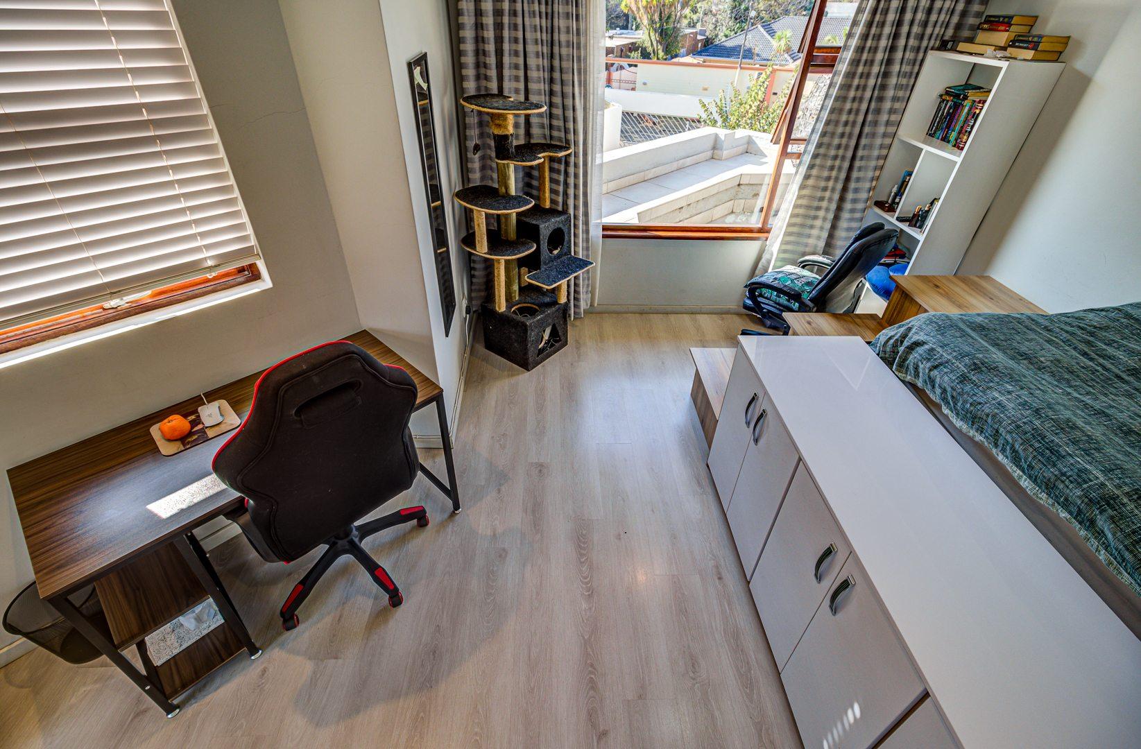 3 Bedroom House For Sale in Bedfordview
