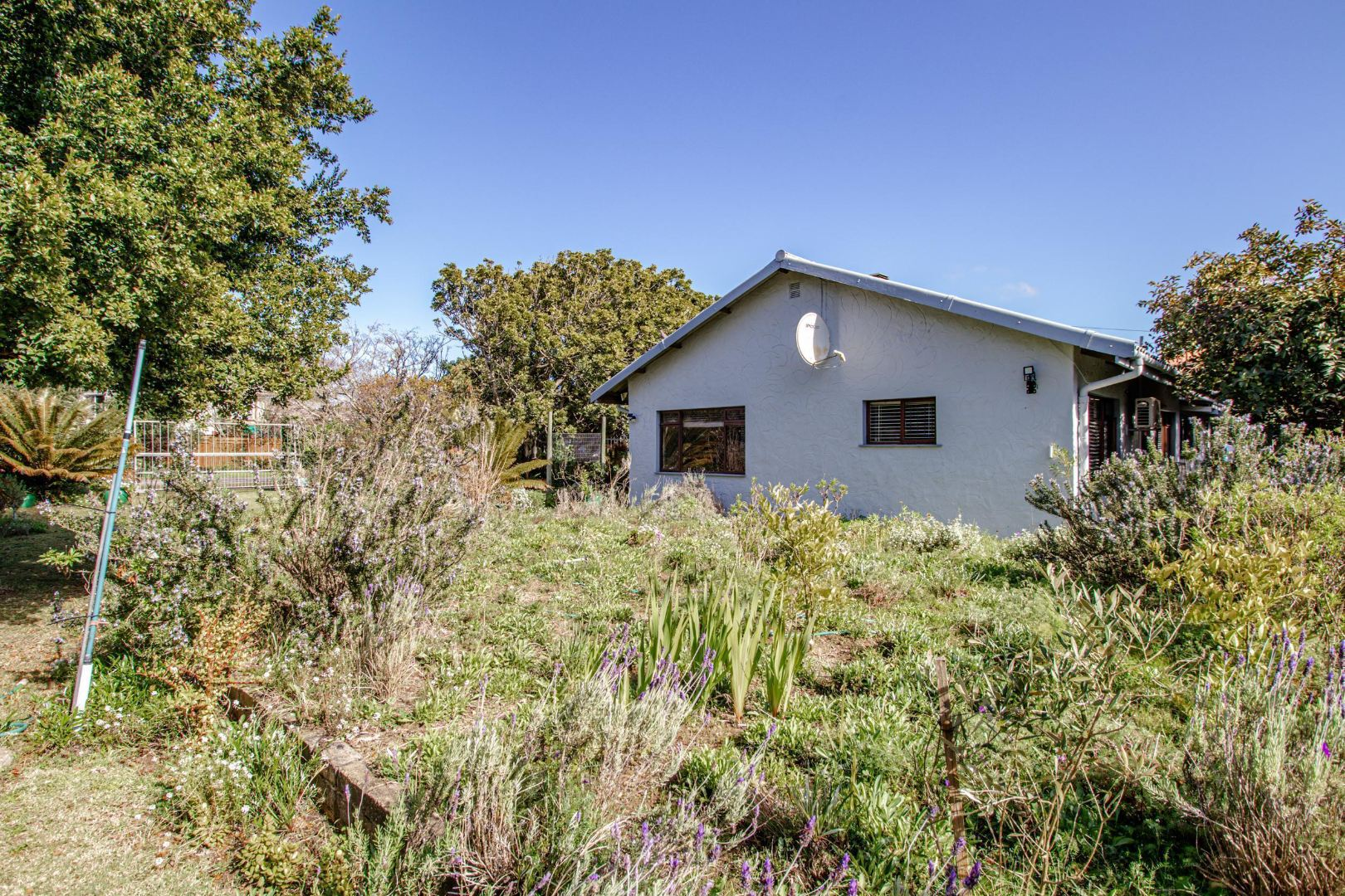 3 Bedroom House For Sale in The Village