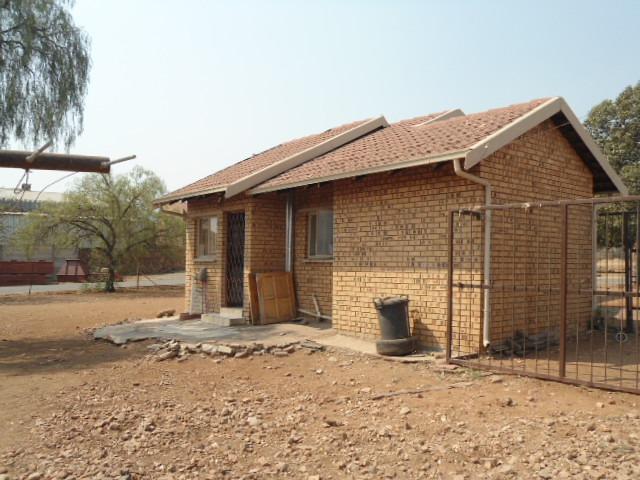 2 Bedroom House To Rent in Steelpoort