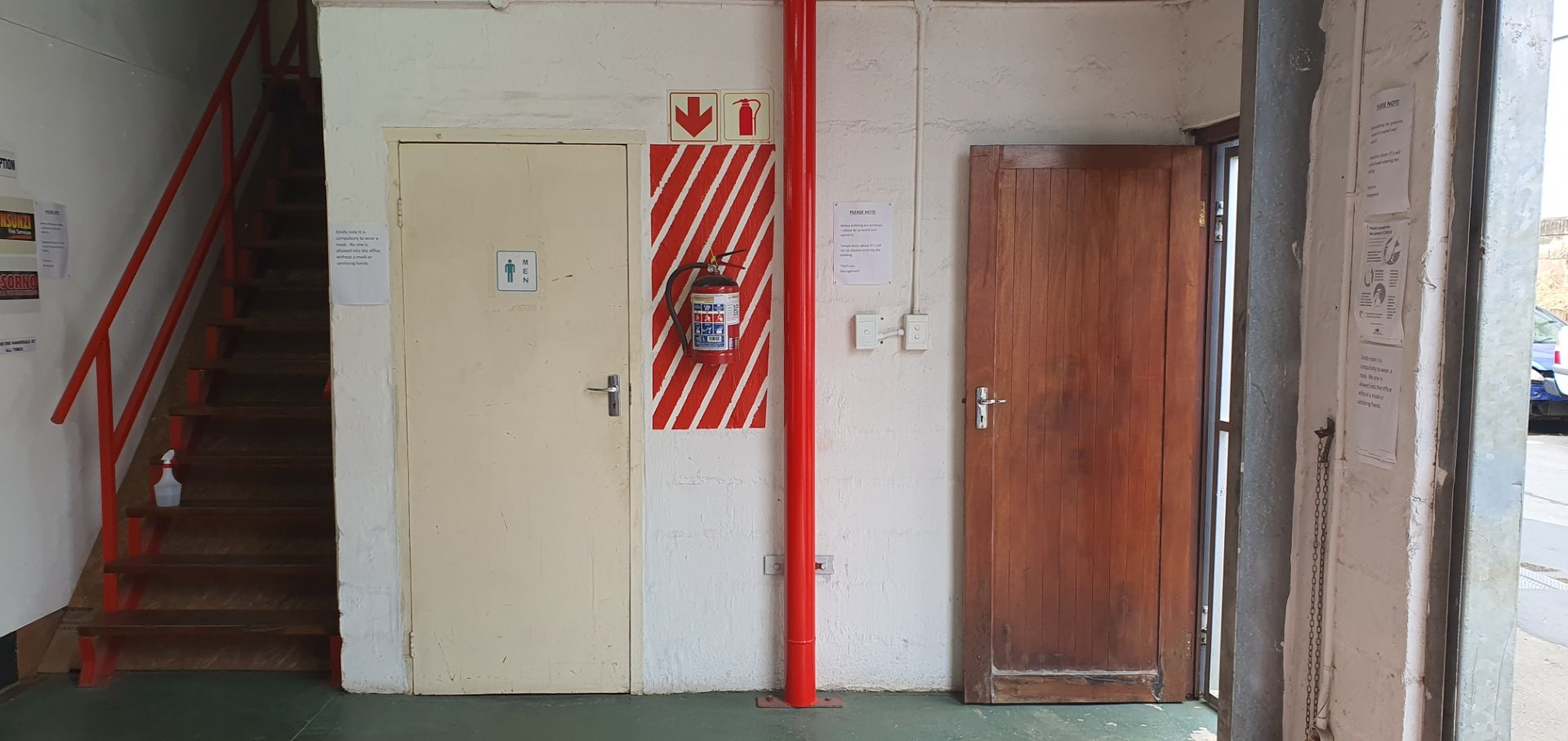 Industrial Property in Umbogintwini To Rent