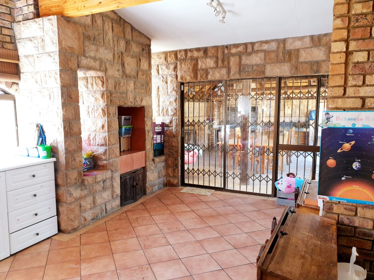 3 Bedroom House For Sale in Bester