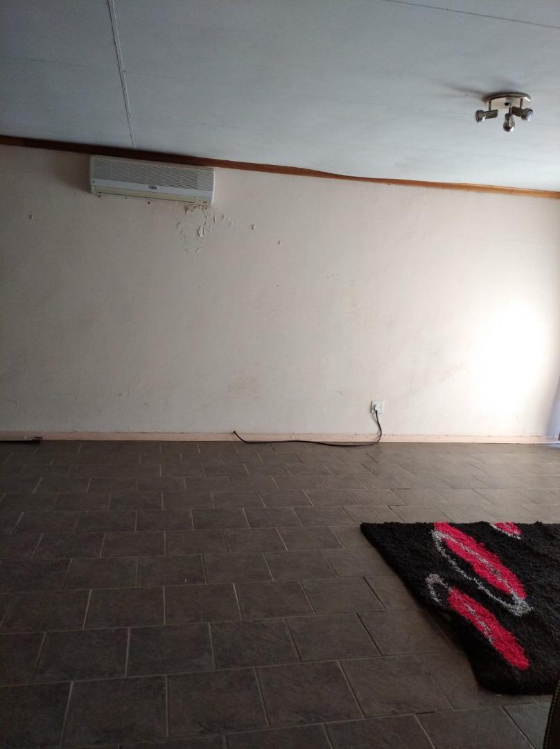 3 Bedroom Townhouse For Sale in Allanridge