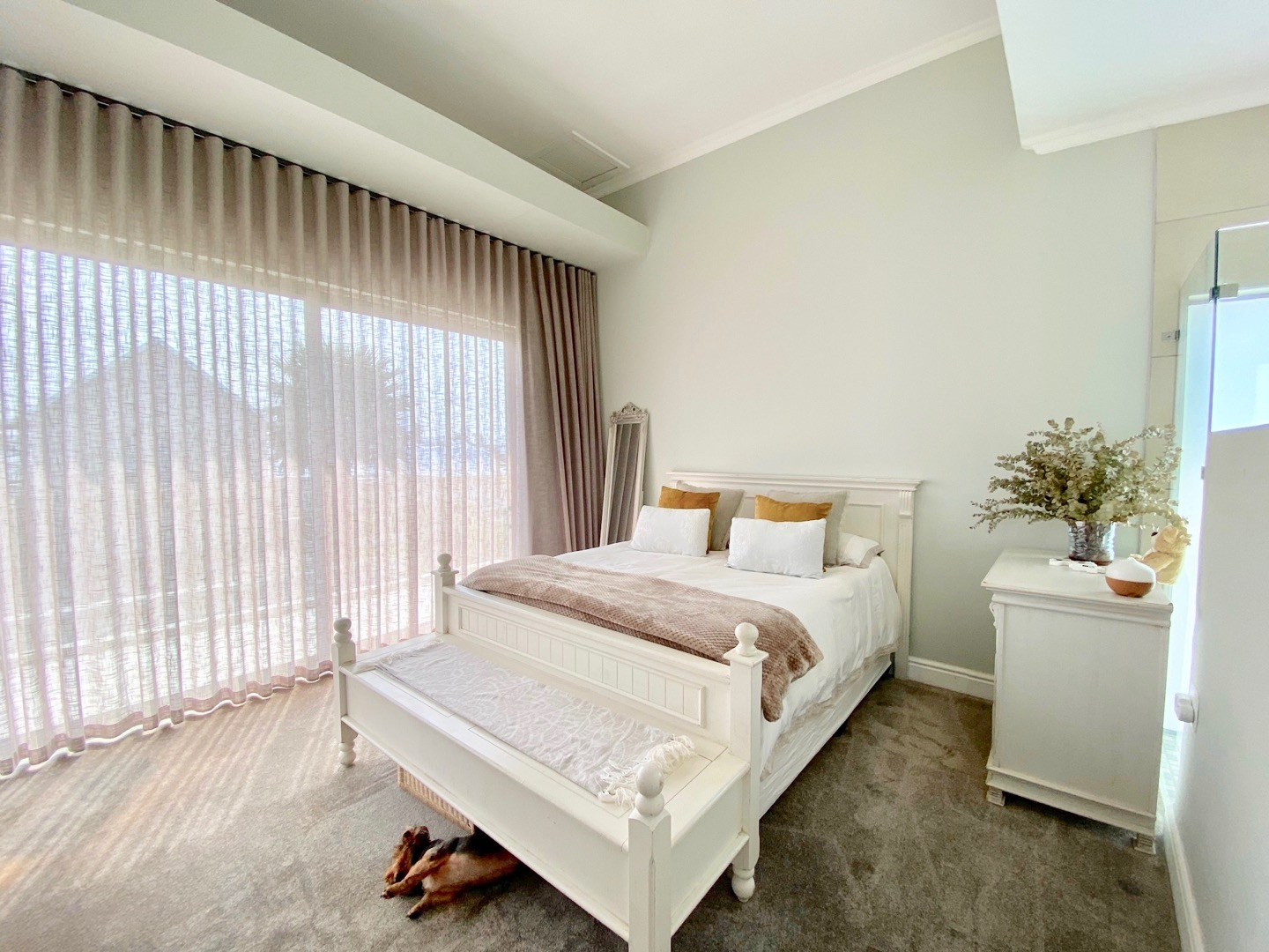 5 Bedroom House For Sale in Marina Martinique