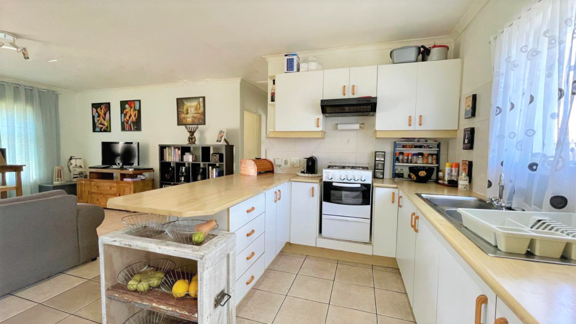 2 Bedroom House For Sale in Admirals Park