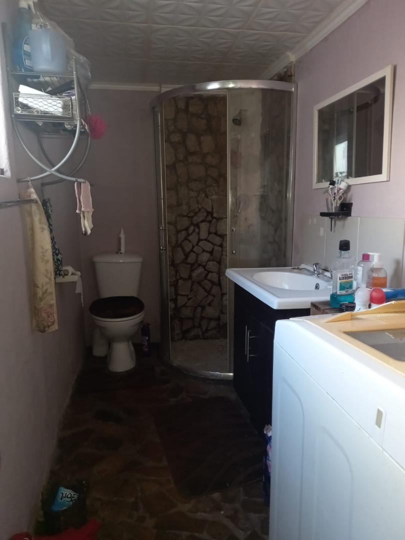 5 Bedroom House For Sale in Mitchells Plain Central