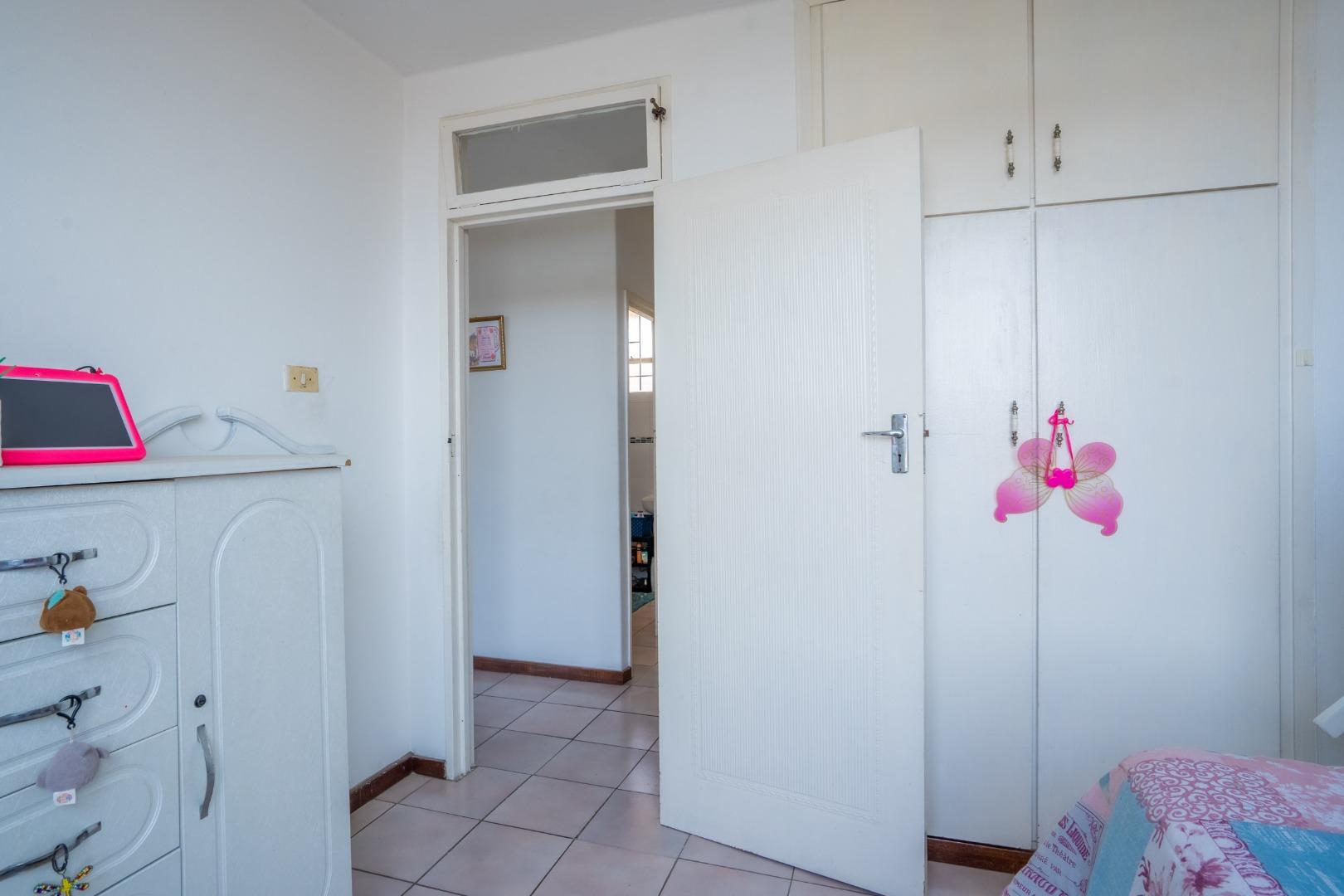 2 Bedroom Apartment / Flat For Sale in Glenwood