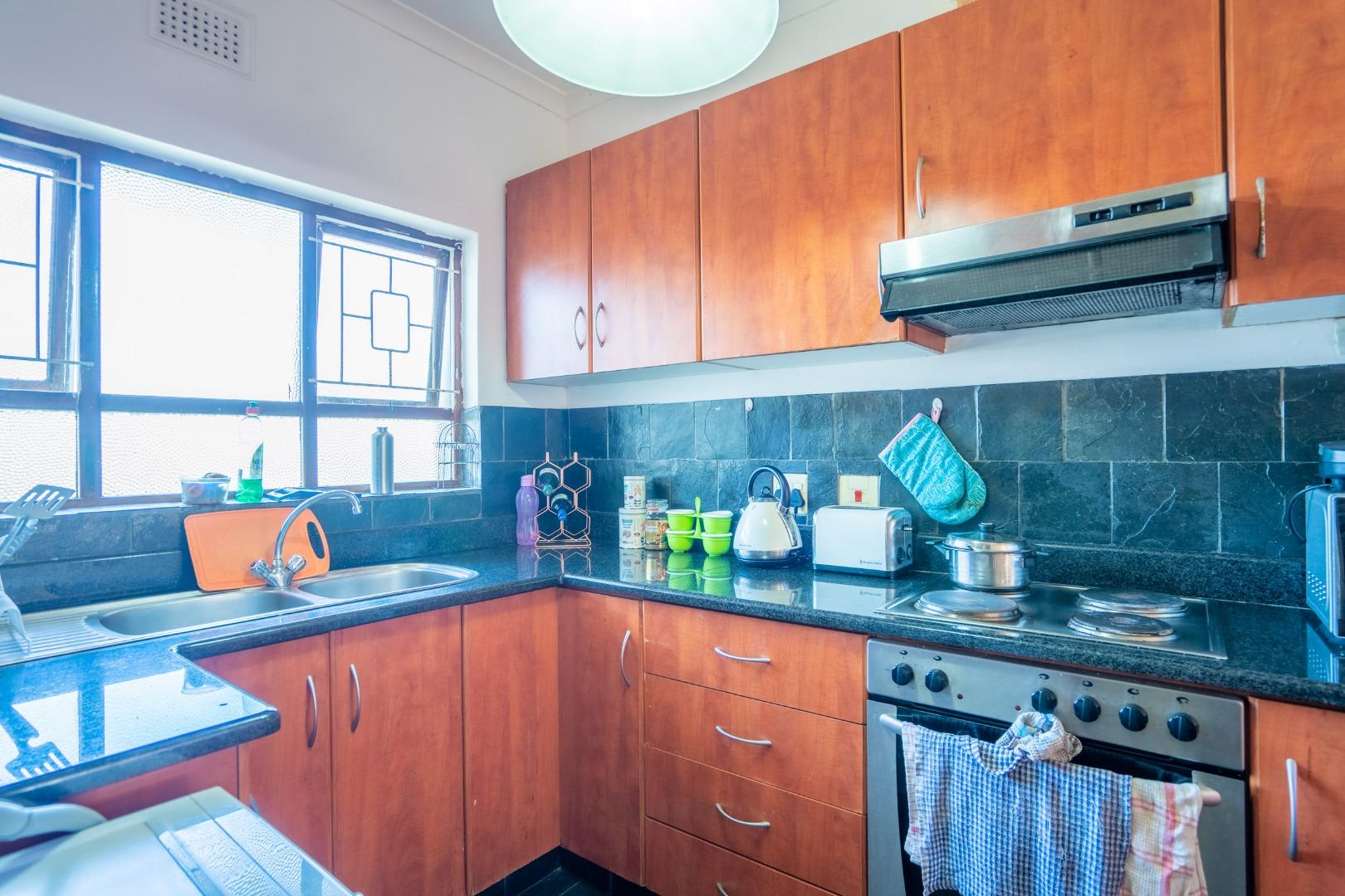 1 Bedroom Apartment / Flat For Sale in Glenwood