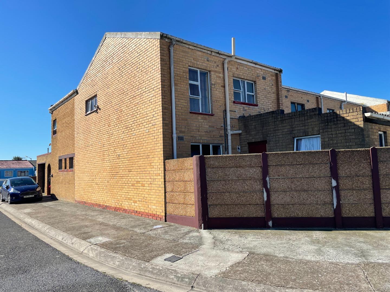 3 Bedroom House For Sale in Westridge