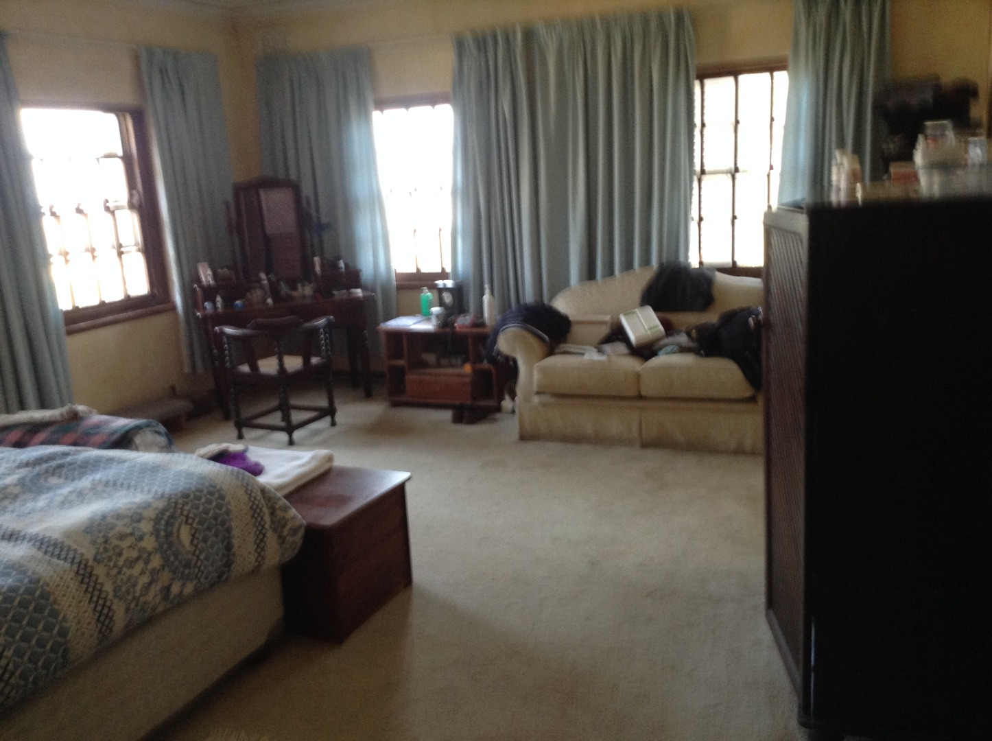 6 Bedroom House For Sale in Glenmore