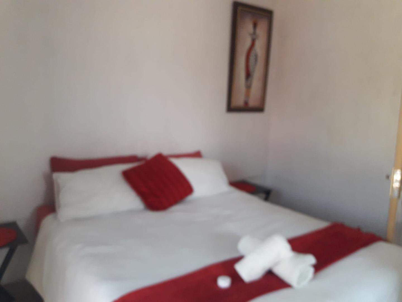 8 Bedroom House For Sale in Louis Trichardt
