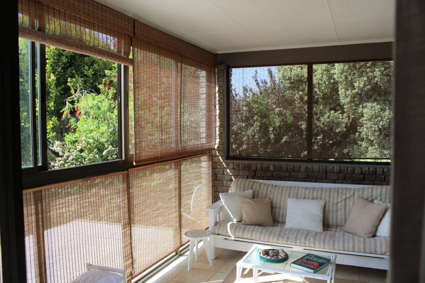 4 Bedroom House For Sale in Stilbaai Wes