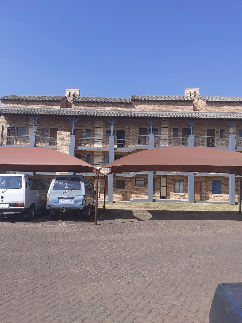 1 Bedroom Apartment / Flat For Sale in Wonderpark Estate