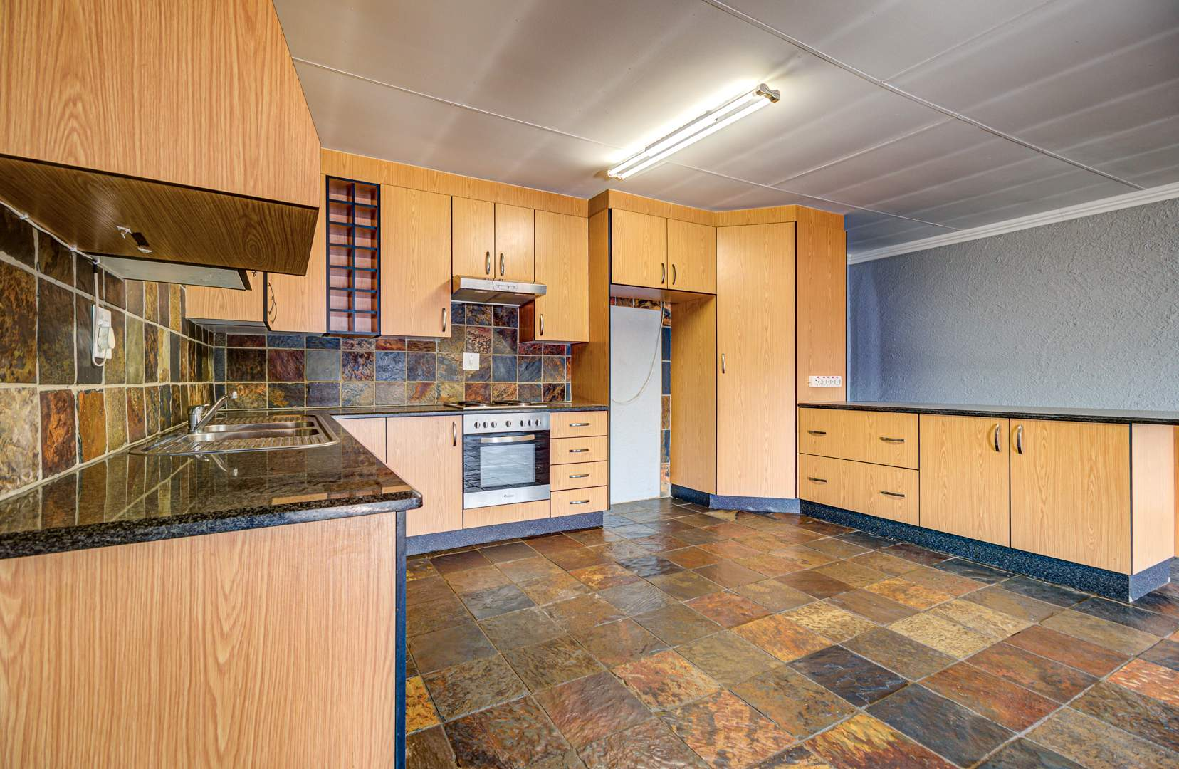 3 Bedroom House For Sale in Farrarmere