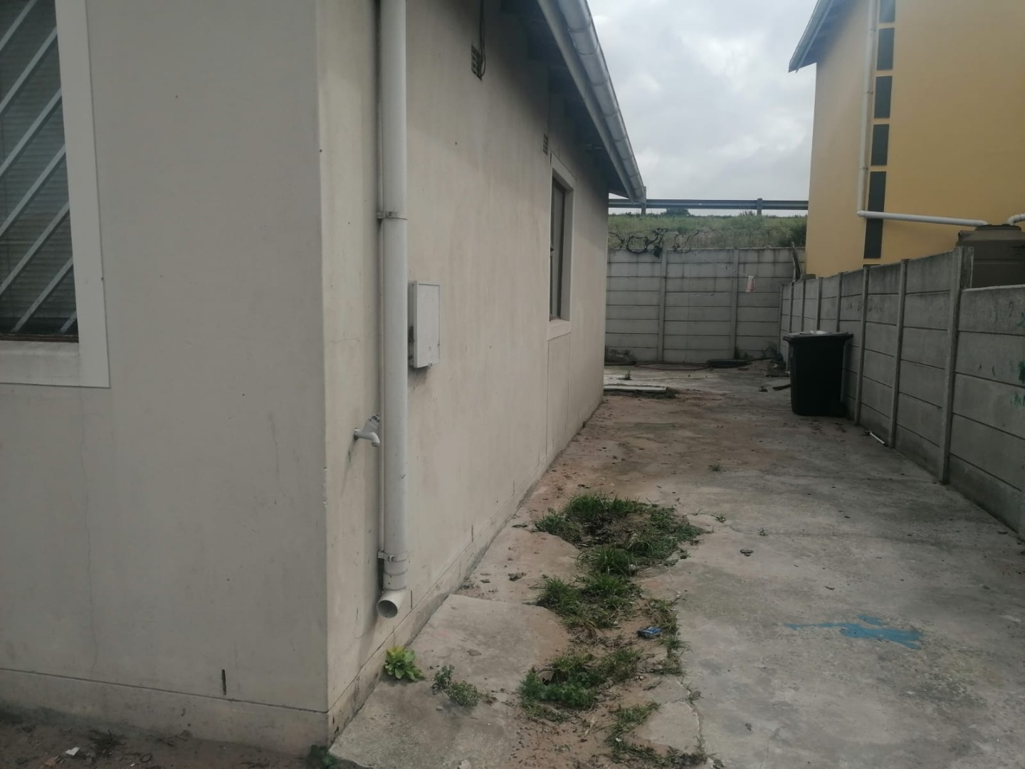 2 Bedroom House For Sale in Mitchells Plain Central