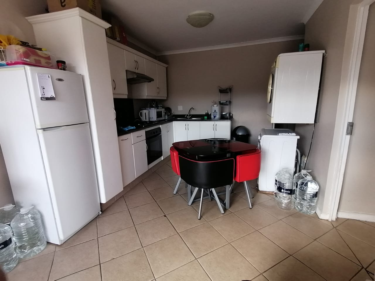 2 Bedroom Apartment / Flat To Rent in West Hill