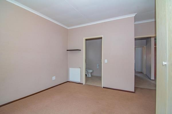 2 Bedroom Townhouse For Sale in Brentwood Park