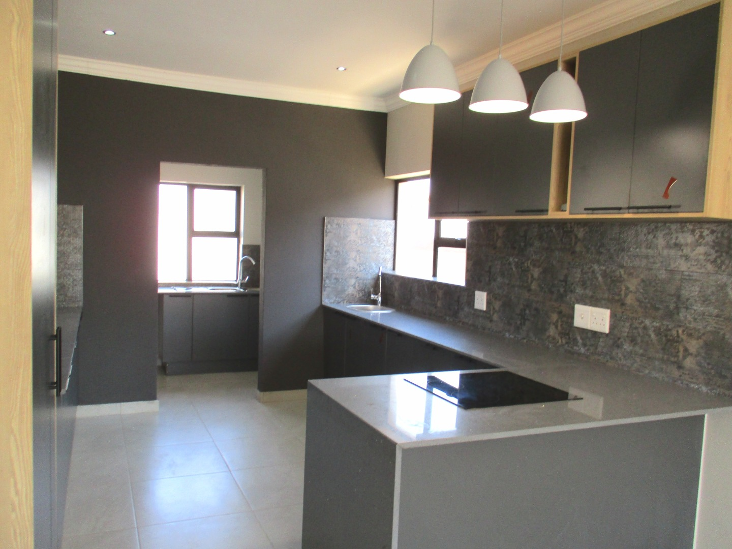 5 Bedroom House For Sale in The Orchards