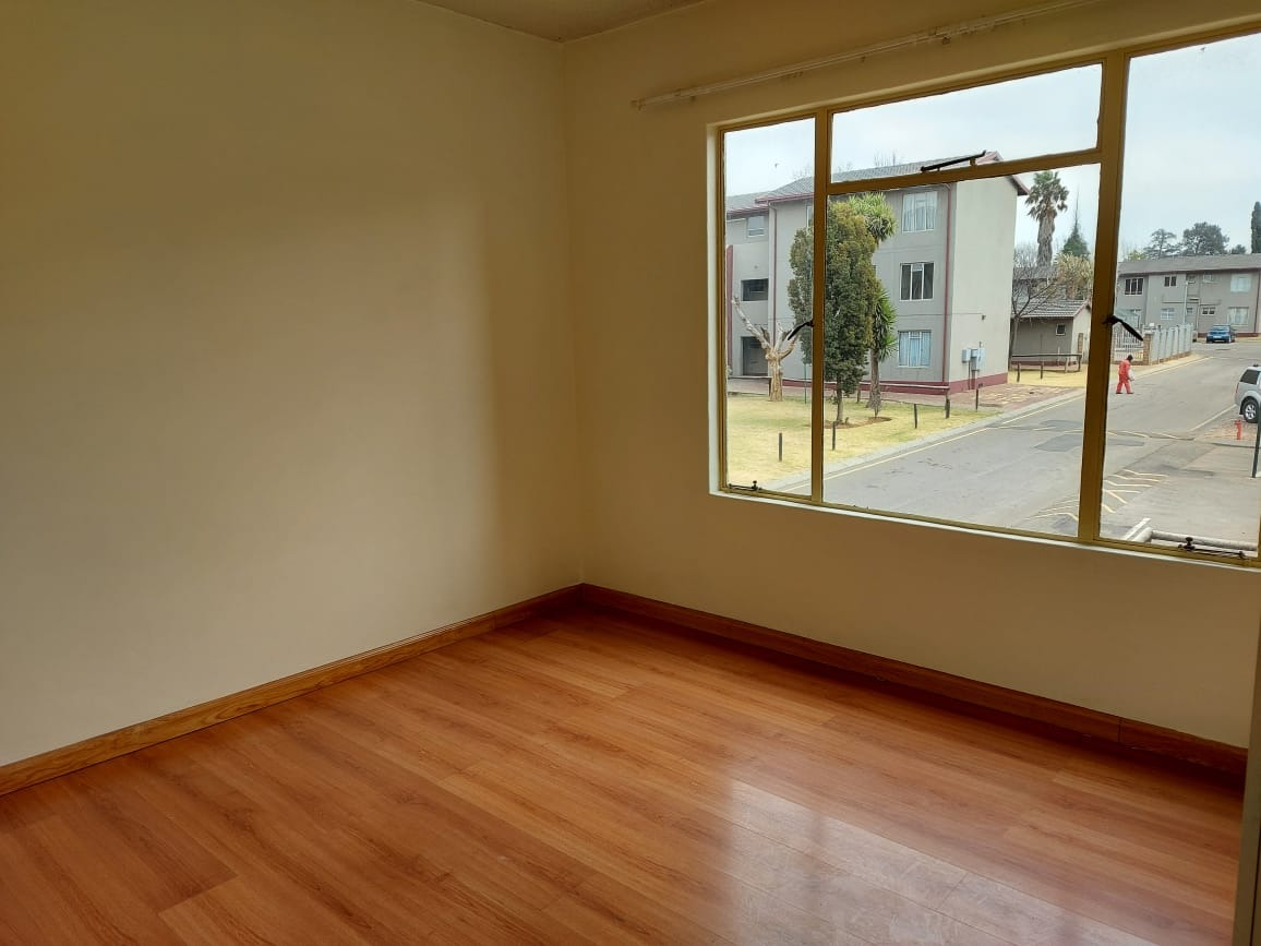 2 Bedroom Townhouse For Sale in Benoni Central