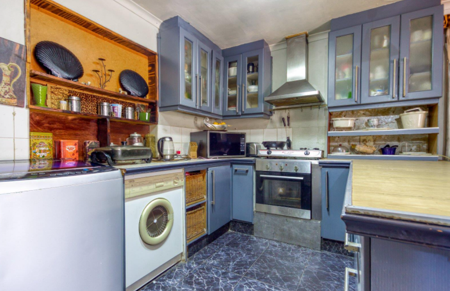 3 Bedroom House For Sale in Bay Park