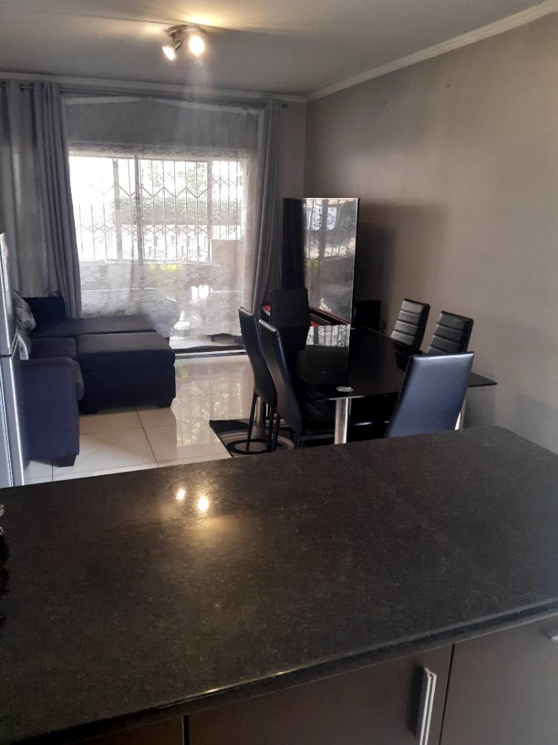 2 Bedroom Apartment / Flat To Rent in Noordwyk
