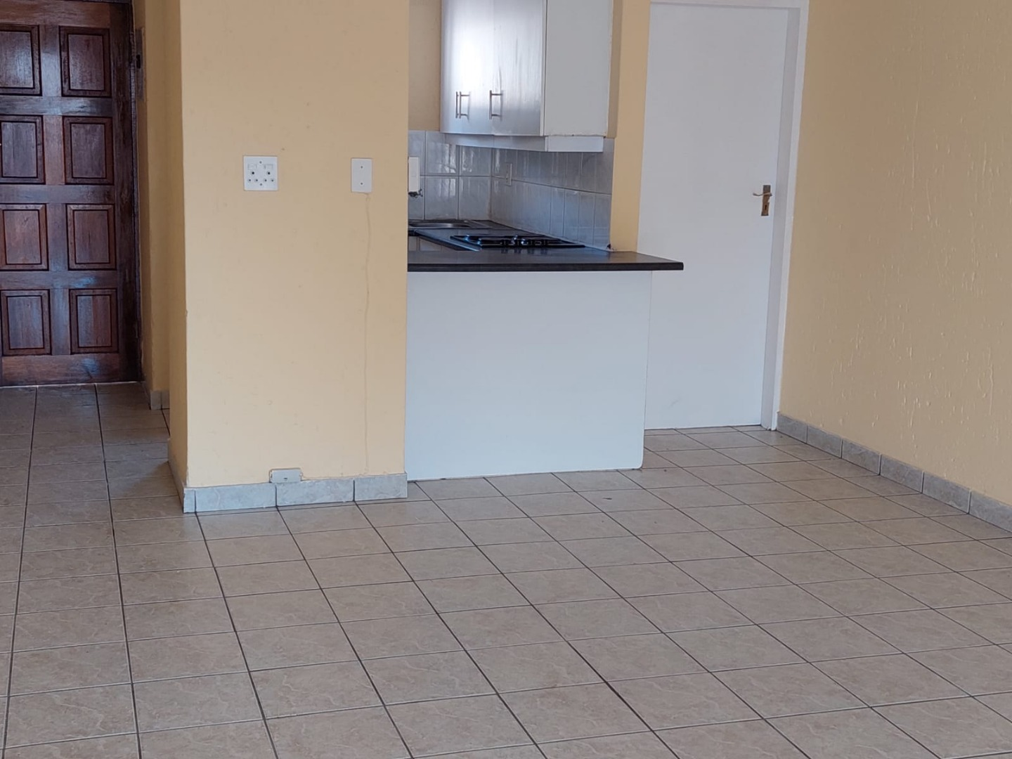 3 Bedroom Apartment / Flat For Sale in Meredale